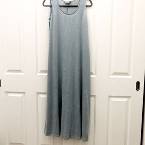 Chalet Sleeveless Crinkle Maxi Dress